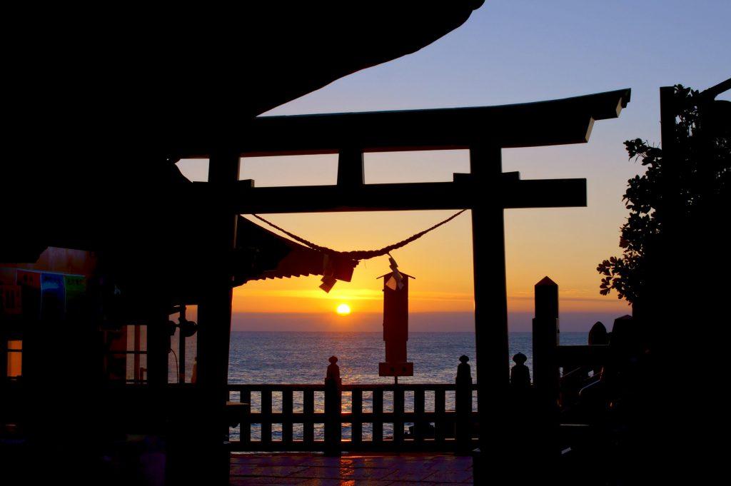 鵜戸神宮(うどじんぐう) 朝日 初日の出 運玉